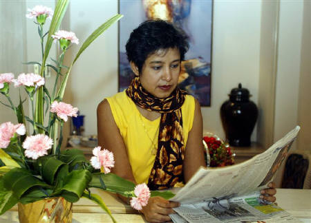taslima-nasreen-by-jayanta-shaw-reuters.jpg